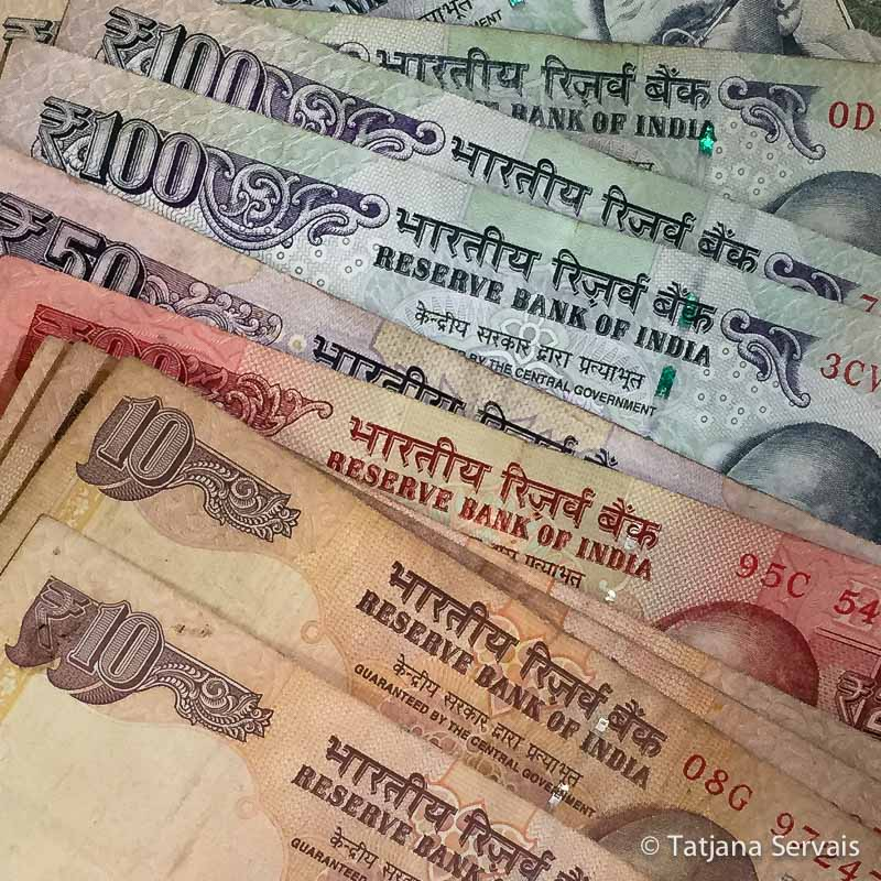 India-money-Rupie-Golden-Triangle-India